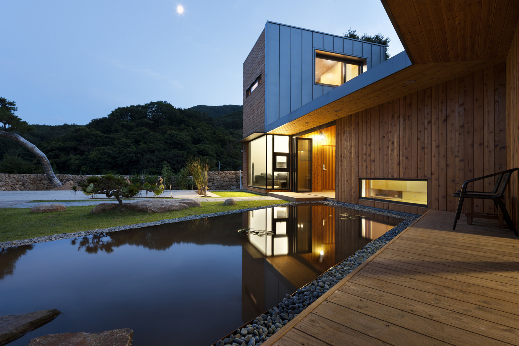 Ssangdalri House by Hyunjoon Yoo Architects | Photo © Youngchae Park
