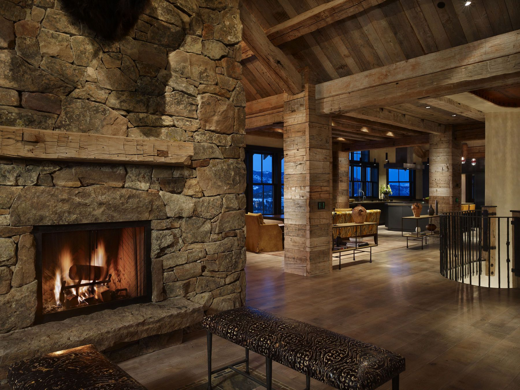 High alpine mountain ranch woodz - Modern ranch home interior design ...