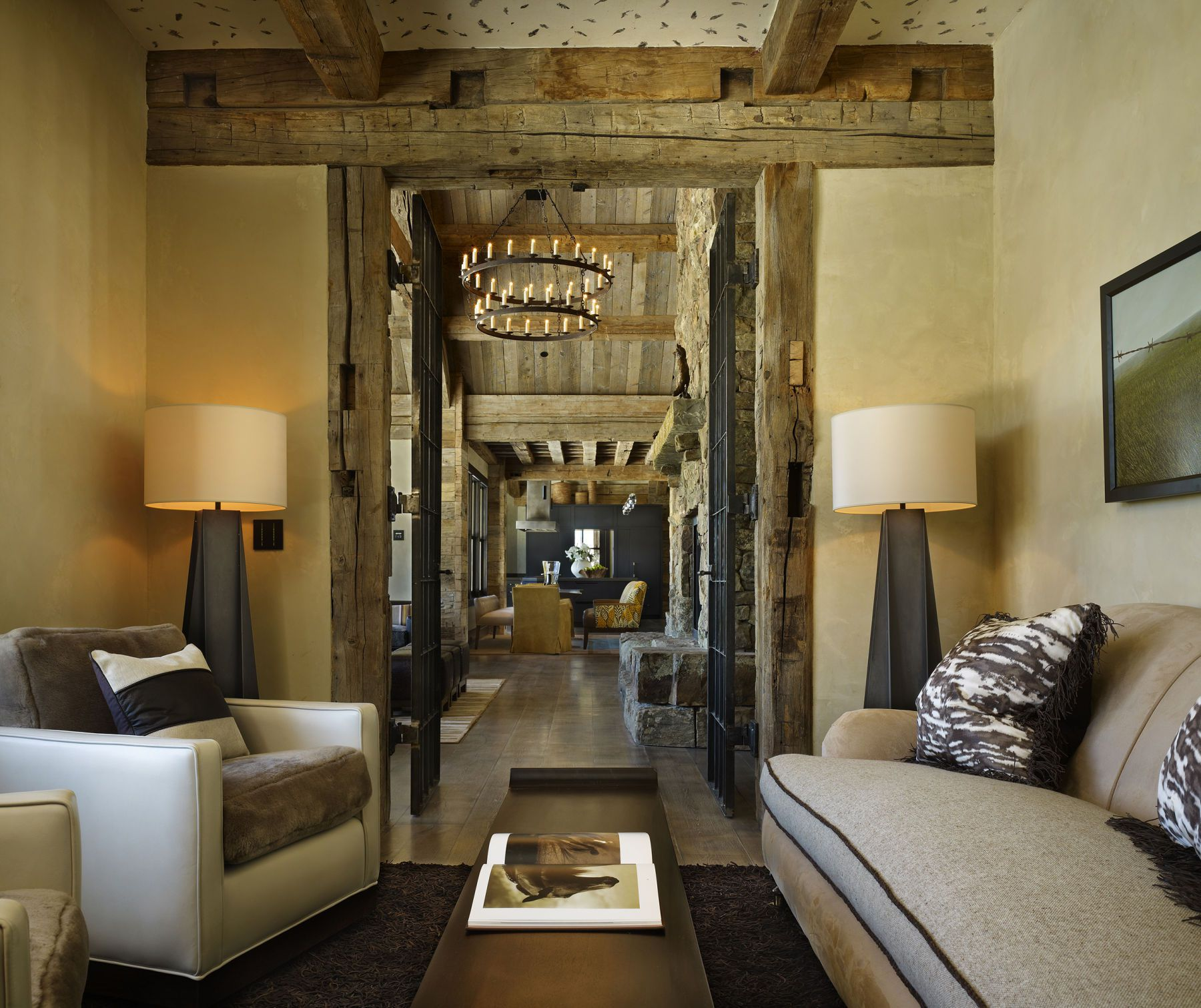 Mountain Home Decor: High Alpine Mountain Ranch