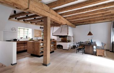 The customer, the world renowned chef René Redzepi, wanted a long kitchen cabinet along the window, and a kitchen island ...