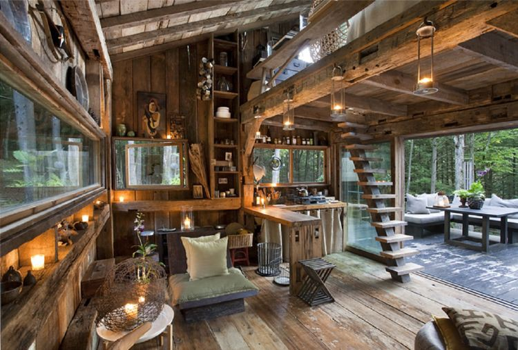 Lovely Warm Wooden Cabin Interior Idea