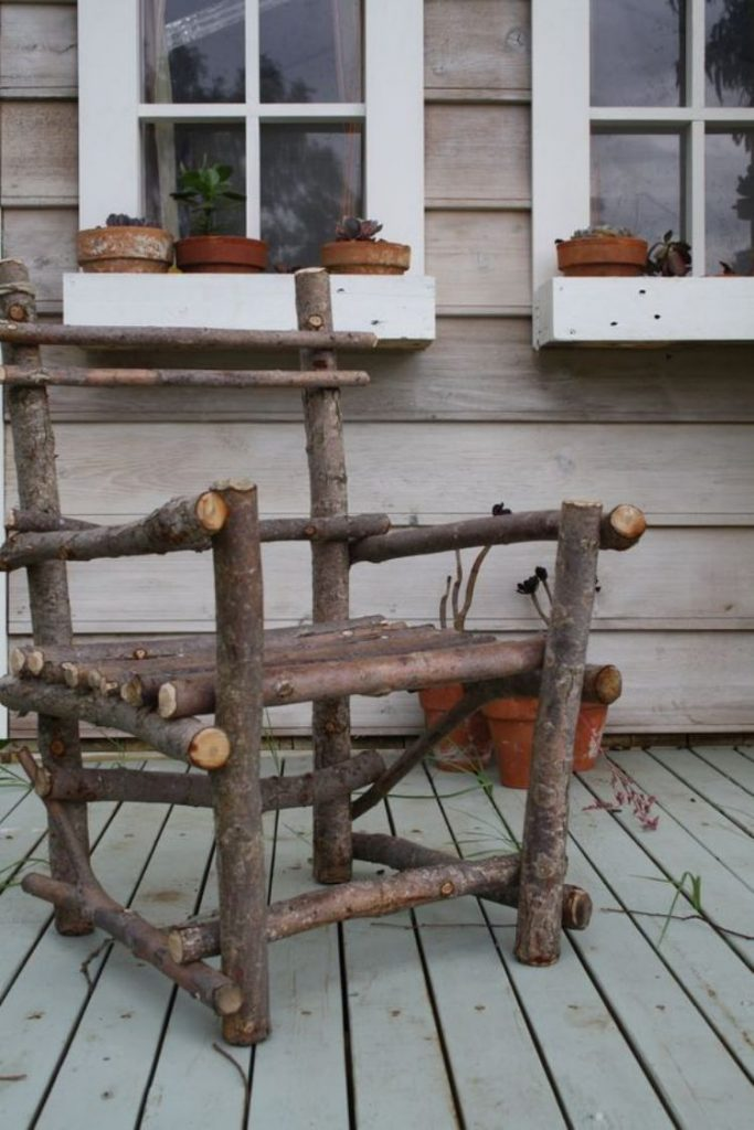 RUSTIC BRANCH CHAIR
