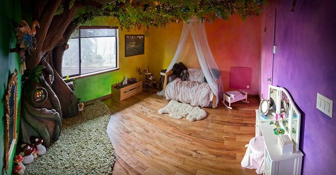 Dad Turns His Daughter's Bedroom Into A Fairytale Land