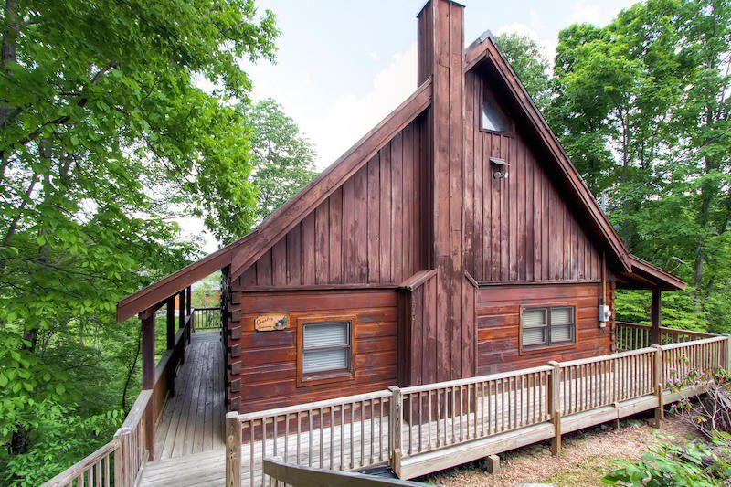 Country hideaway woodz for Wide open country cabins