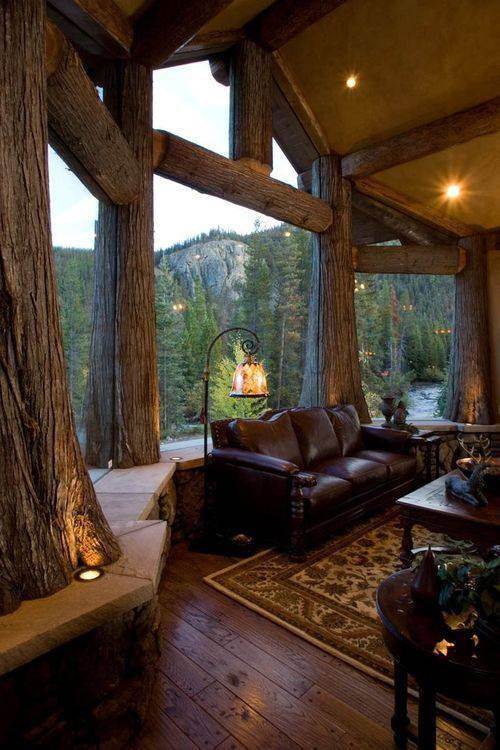 log window pillars with great mountain view, log house
