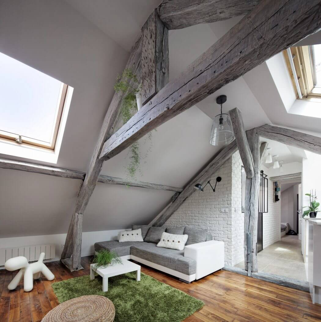 Cozy Attic Apartment by Prisca Pellerin Architecture & Intérieur | Photo © Hugo Hébrard
