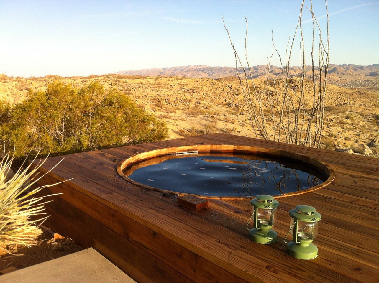 cozy wood hot tub design ideas