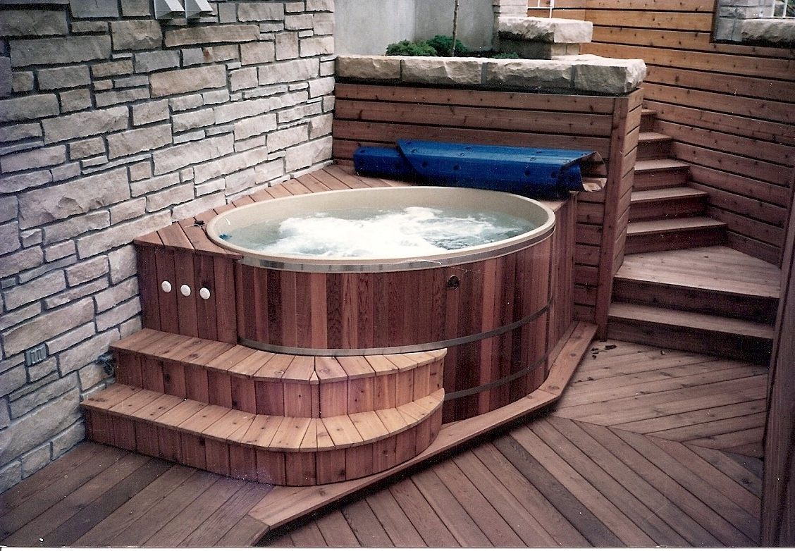 hot tubs 1 woodz. Black Bedroom Furniture Sets. Home Design Ideas