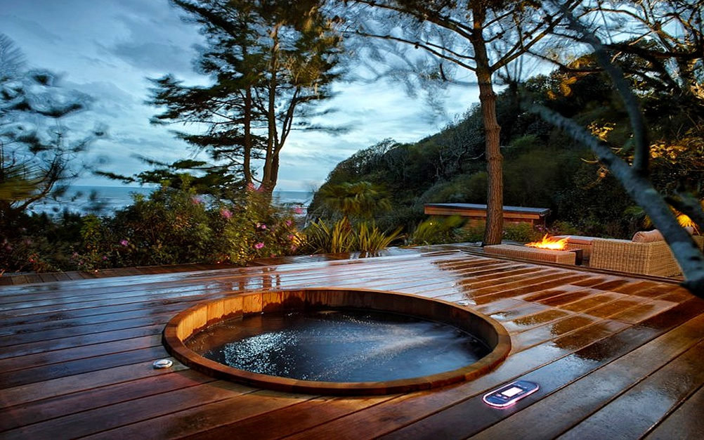 cozy wood hot tub design ideas, nature