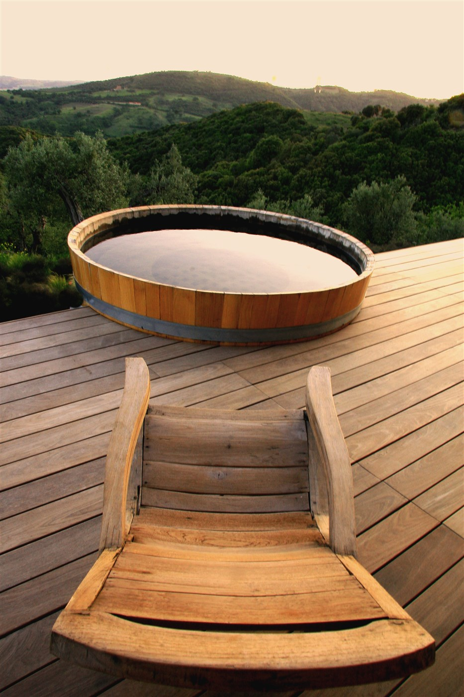 wood floor and chair,cozy wooden hot tub design ideas