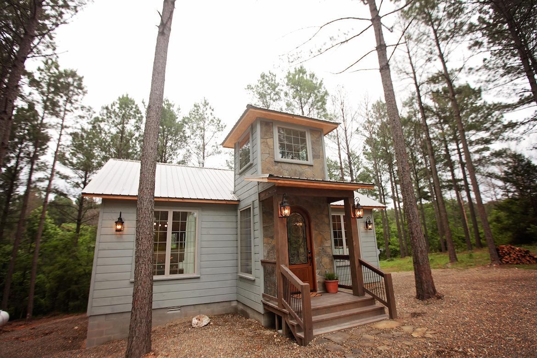 wood cabin entrance design ideas