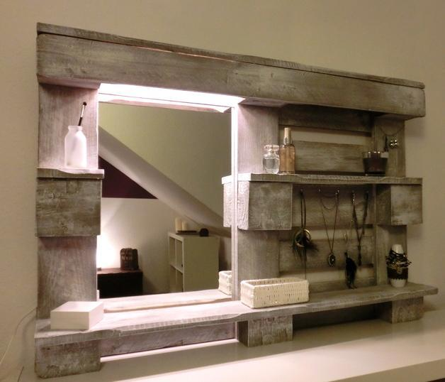 wood pallet design ideas, mirror and shelf