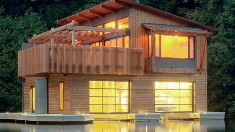Situated at the end of a narrow bay, the design of the new boathouse mediates between extended views out to ...