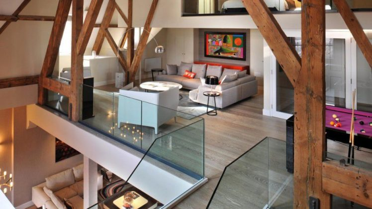 This luxurious three bedroom penthouse is located in the west tower of a famous London landmark – St Pancras chambers. ...