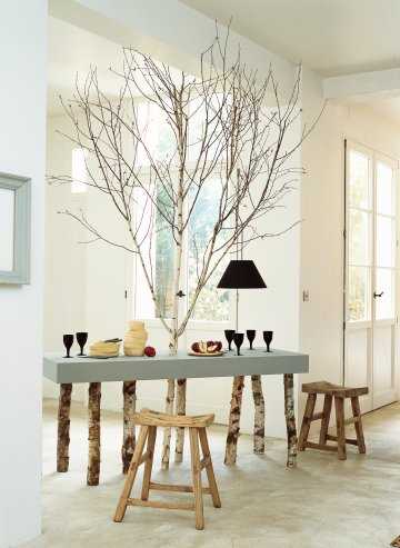 Everyone loves the feeling of nature and warmth that wood brings into a room so why not incorporate it as ...