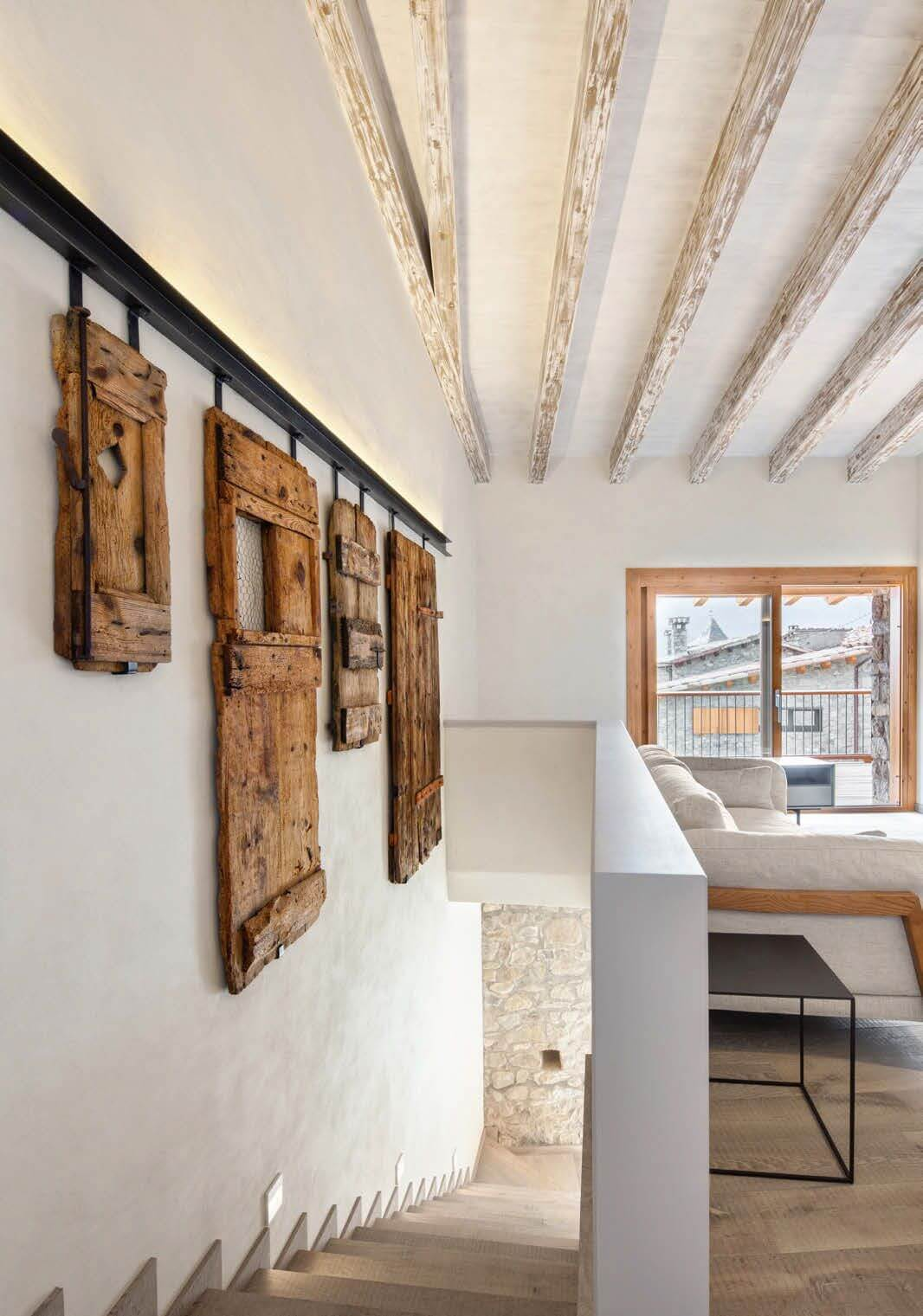Wood interior wall decoration Refurbishment in La Cerdanya
