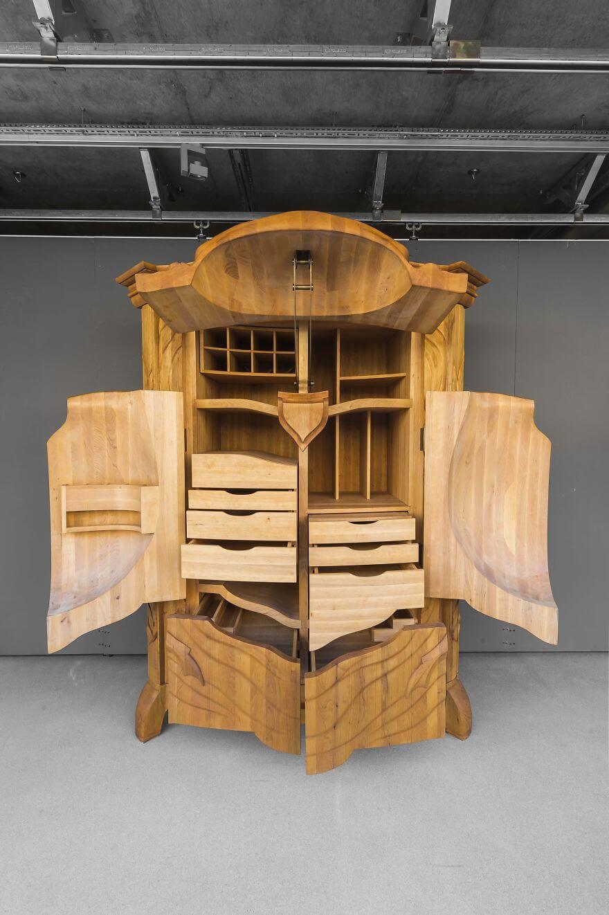 Wood cabinet design