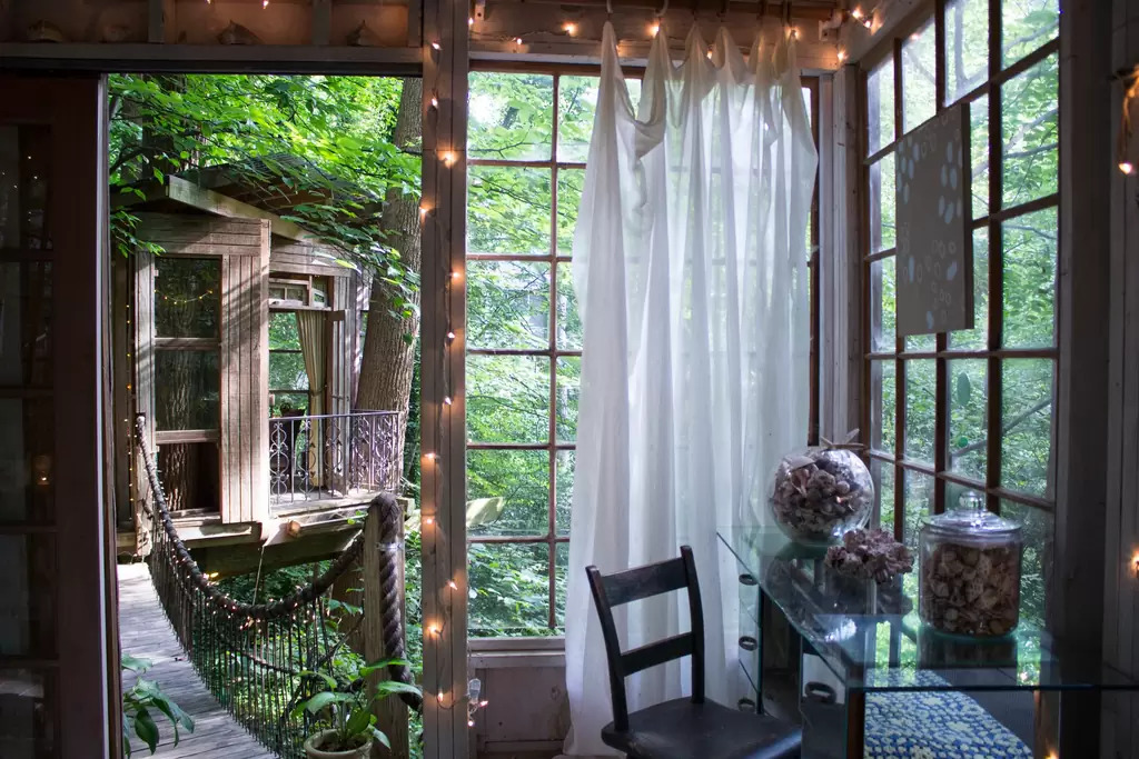 cabin in the woods treehouse