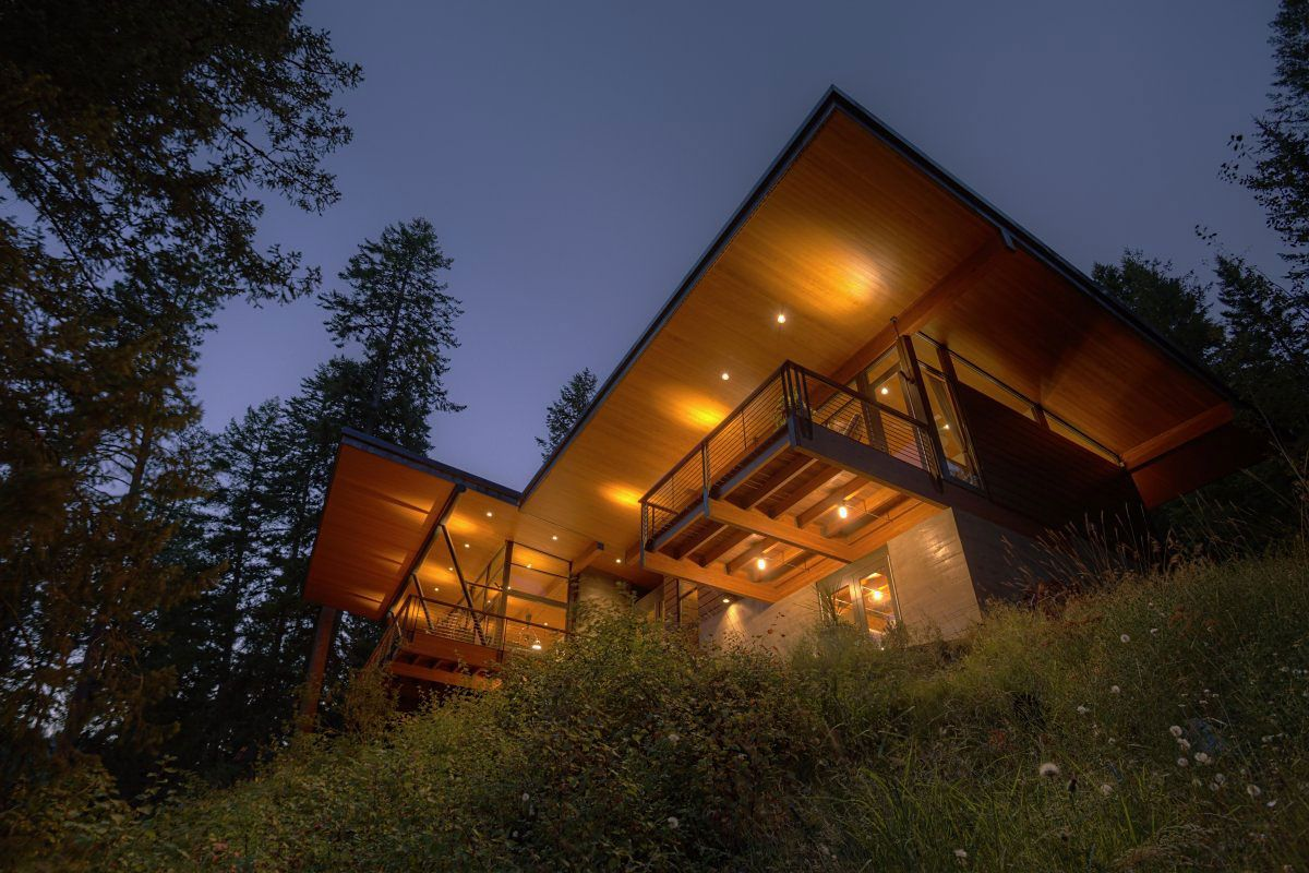 A modern cabin for a couple, North Idaho