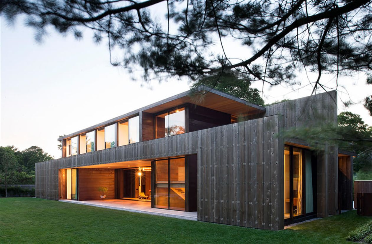 wide cedar board siding on the walls Located in Amagansett, NY, United States