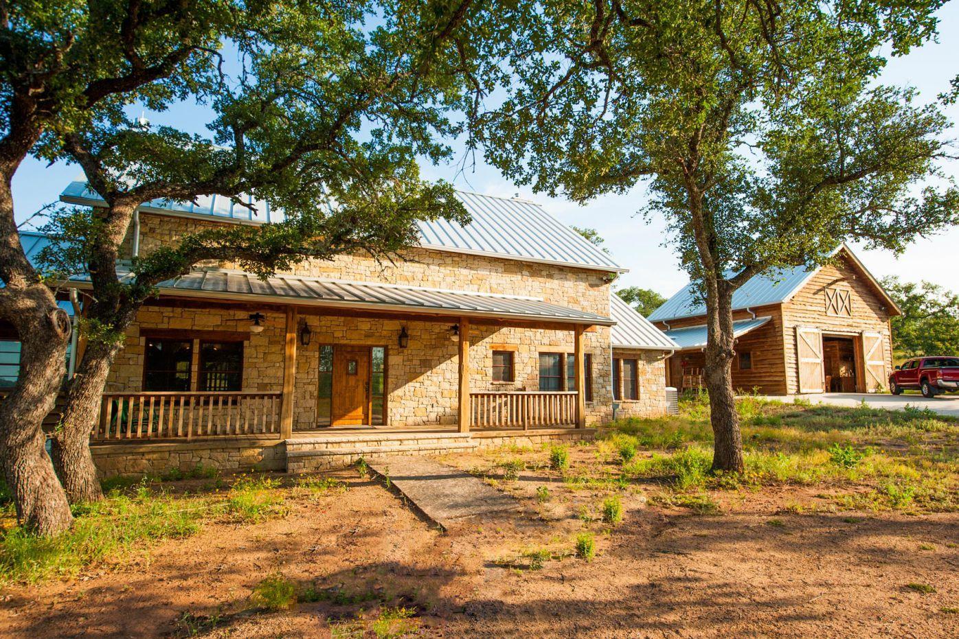 Fultonville Barn Woodz