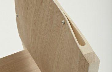 Rhode Island School of Design graduate Nic Wallenberg has created 'Squeeze' chair with elegant ergonomic curves.