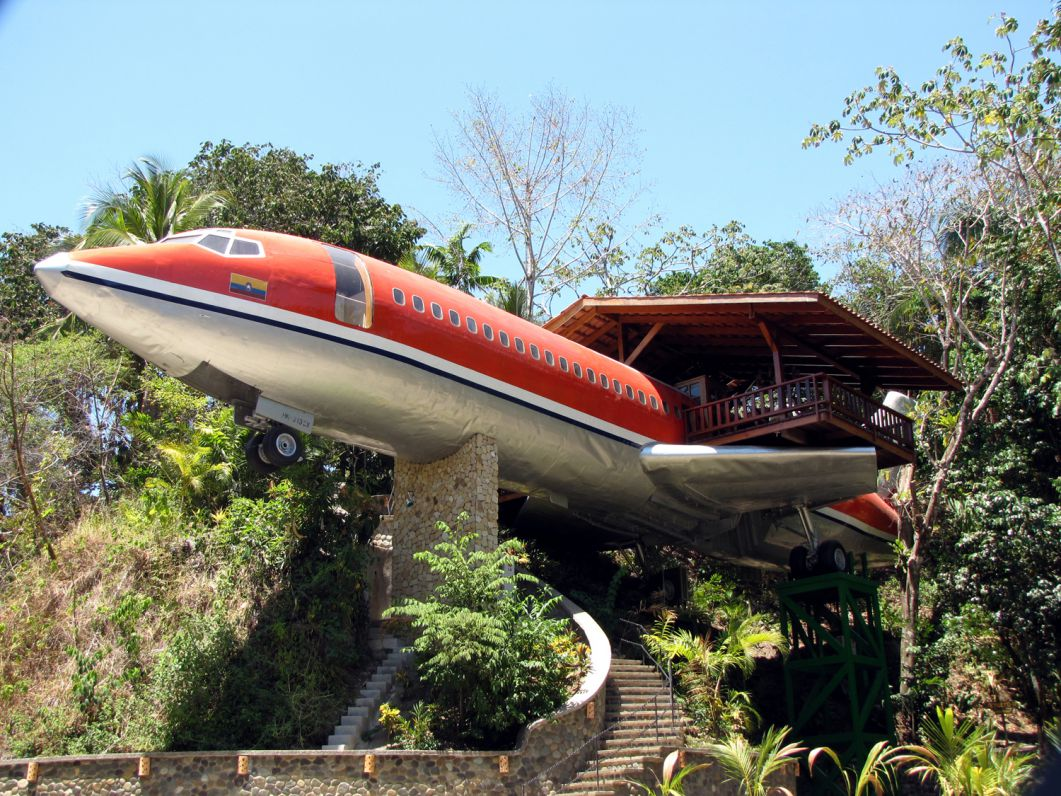 Aircraft Boeing 727 transformed into a hotel