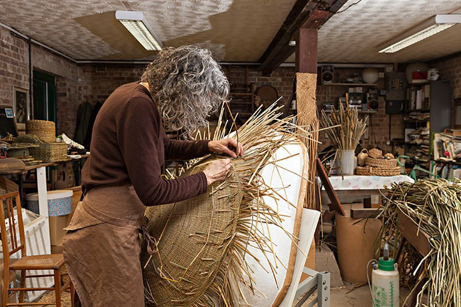 Making of Rush chair with traditional English Craft techniques