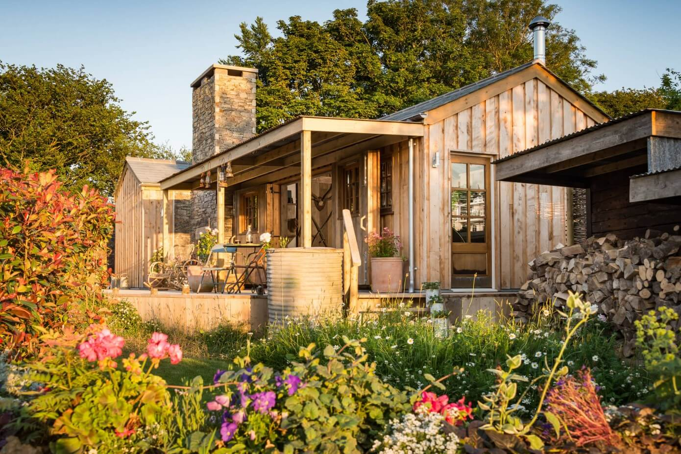 A beautiful wooden cottage in North Cornwall. exterior