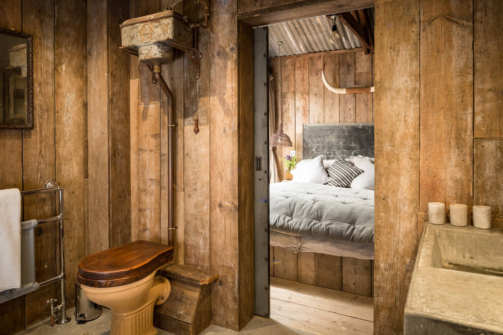 A beautiful wooden cottage in North Cornwall. wooden rustic interior, toilet