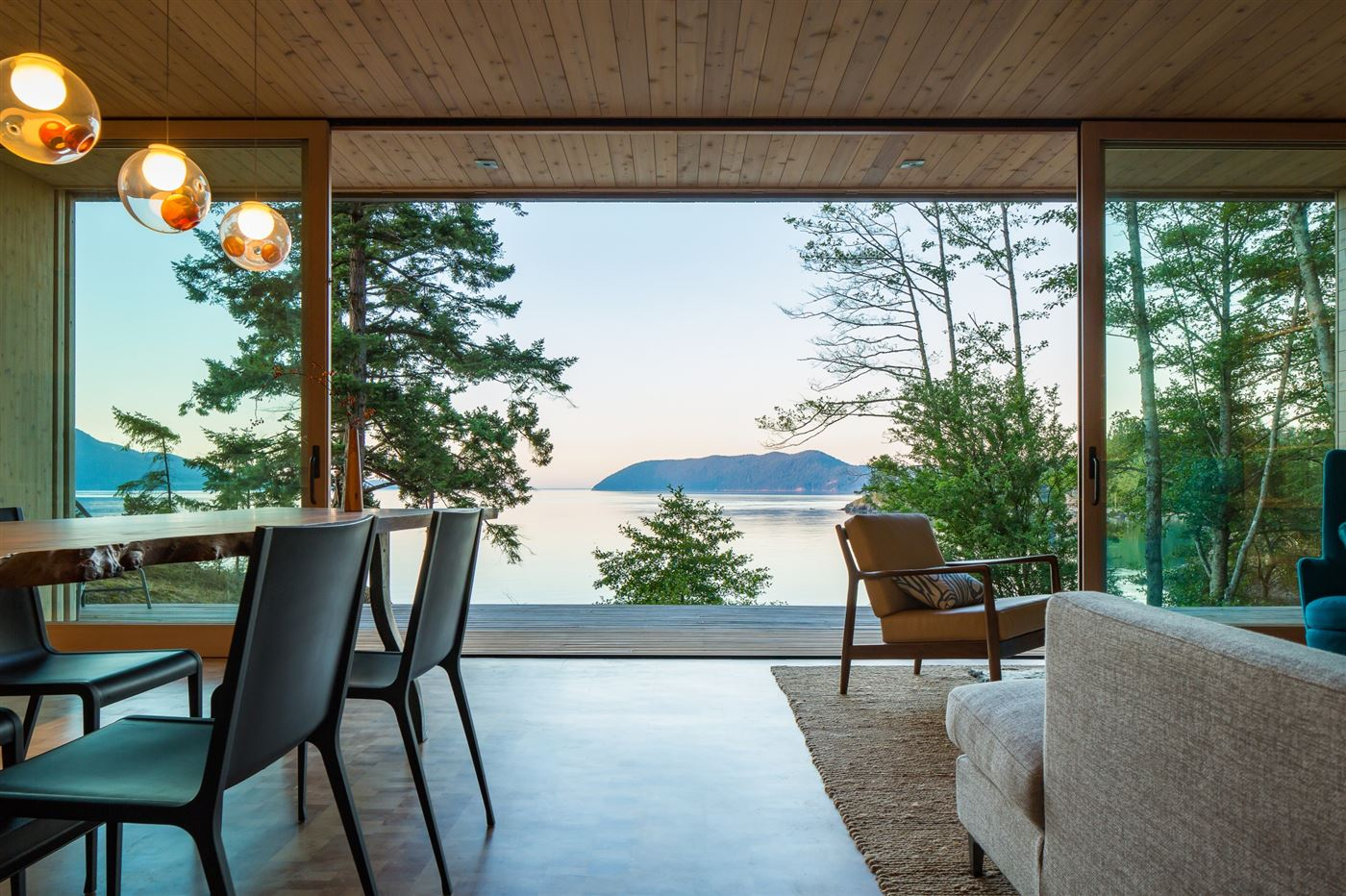 living room with open wooden sliding doors to maximize the openess and the view