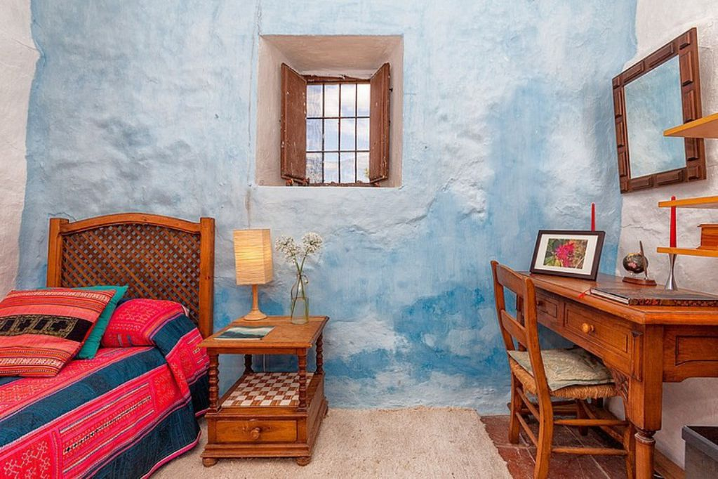 Mediterranean colorful Spanish cottage rustic interior
