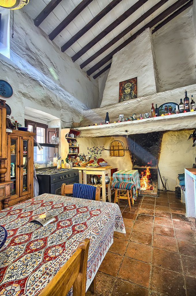 Mediterranean colorful Spanish cottage