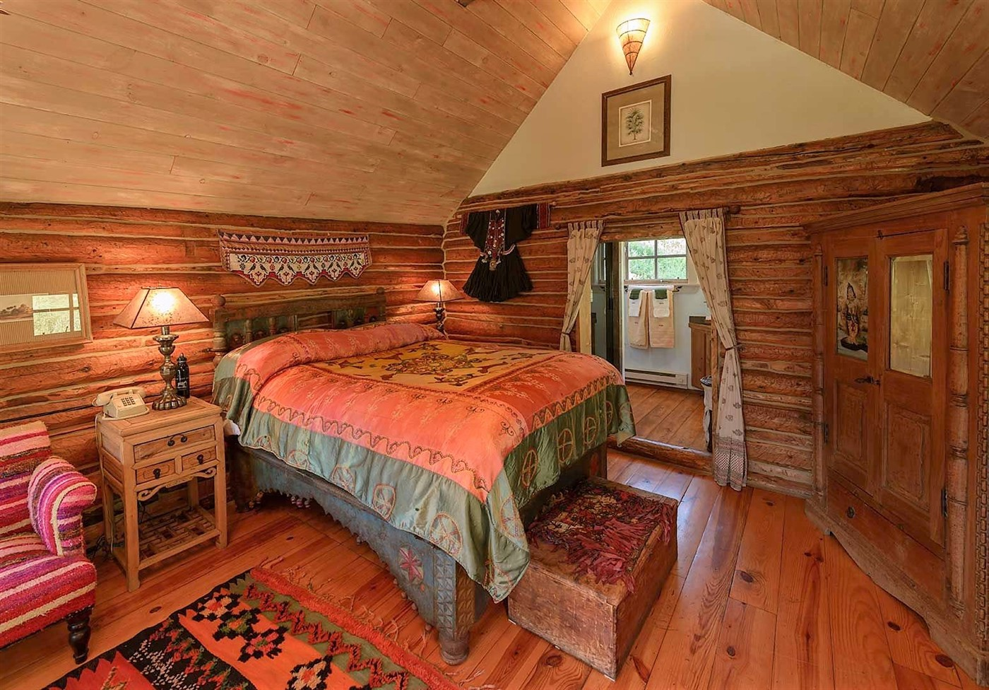 wood floor, wall and ceiling, cabin bedroom design ideas