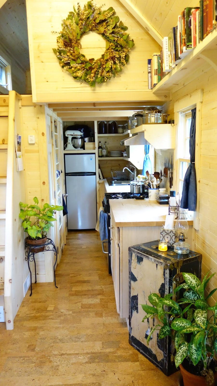 wood tiny house interior design ideas