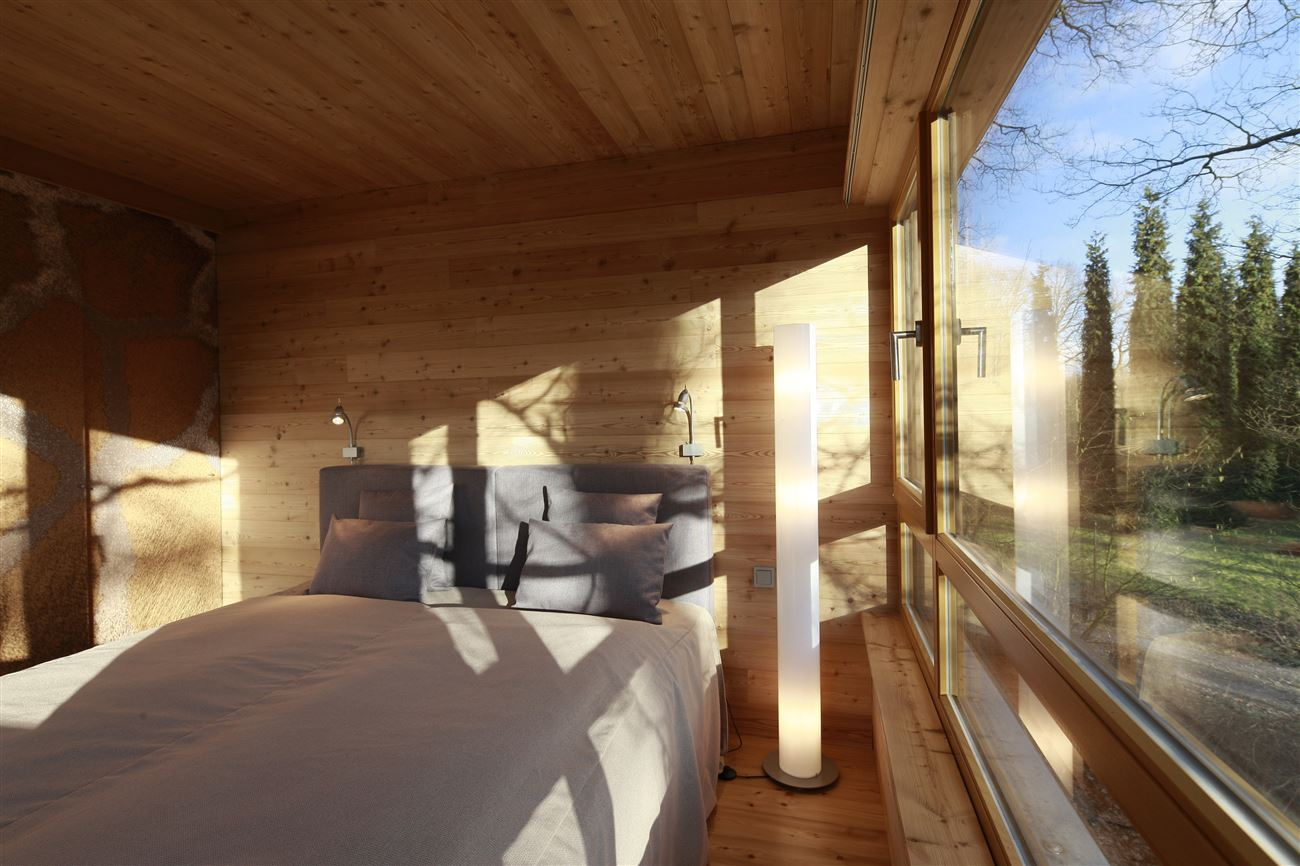 treehouse bedroom with view