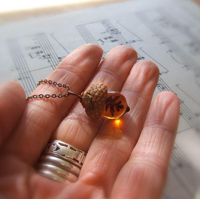 Autumn accessory handmade with real acorn caps