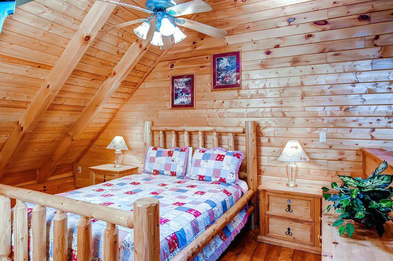 log wood house interior bedroom