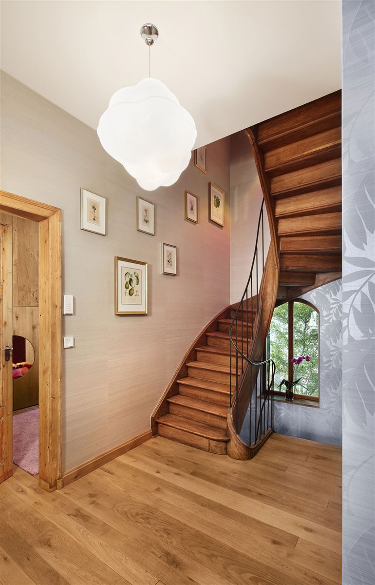 wooden staircase, hardwood flooring, contemporary wood interior design house