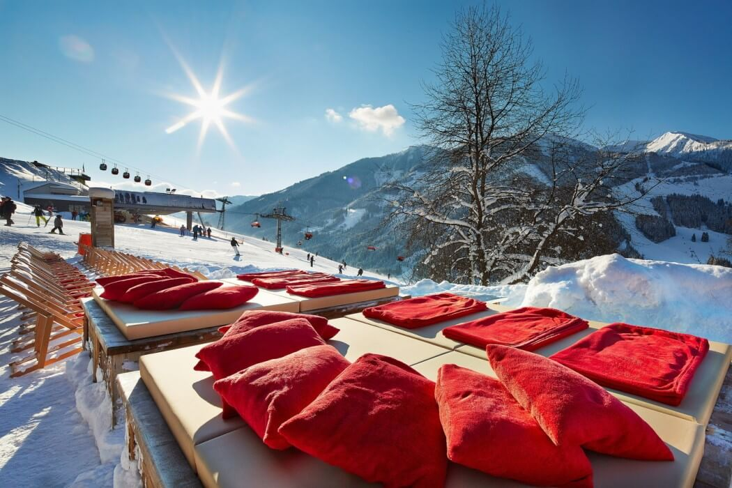 ski resort, wood decoration ideas