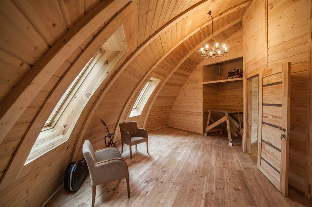 Rounded ceiling in the Dome house