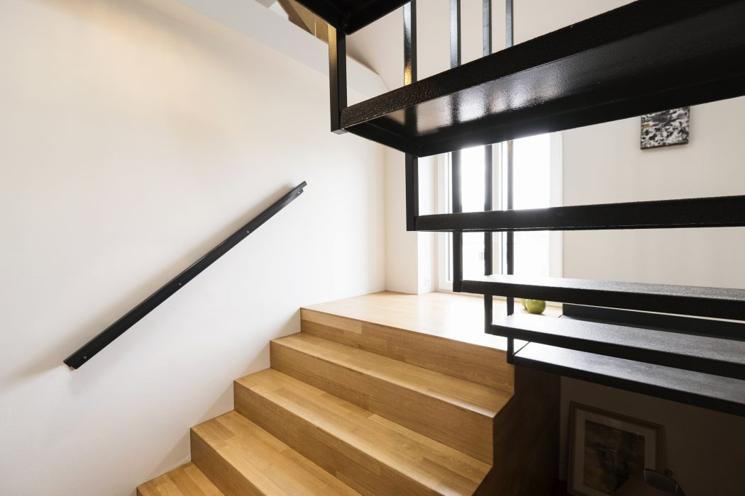 wood stairs with metal design ideas