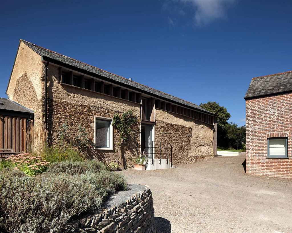 renovated barn in bude