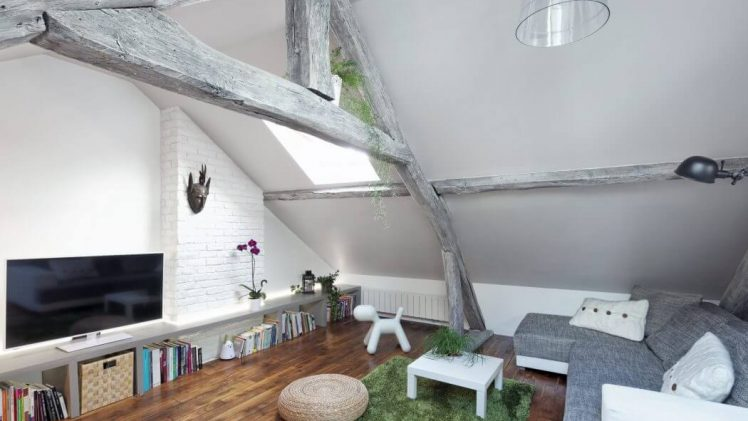 "This project is a complete renovation of an apartment 2-room attic. To enhance the quality of light of that ""cocoon"" ..."