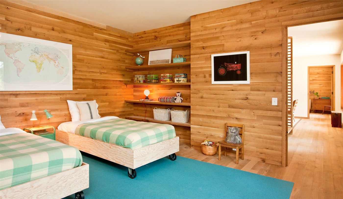 wood wall, floor, wooden bed, shelves and chair, bedroom design ideas