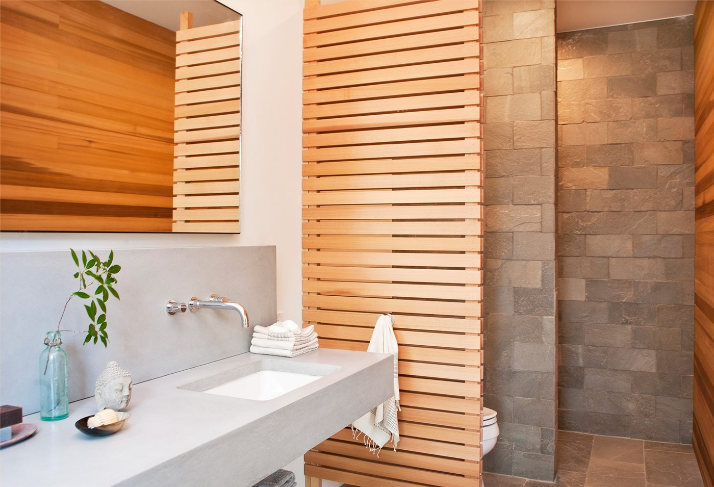 wood screen, sink and mirror design ideas, bathroom decoration