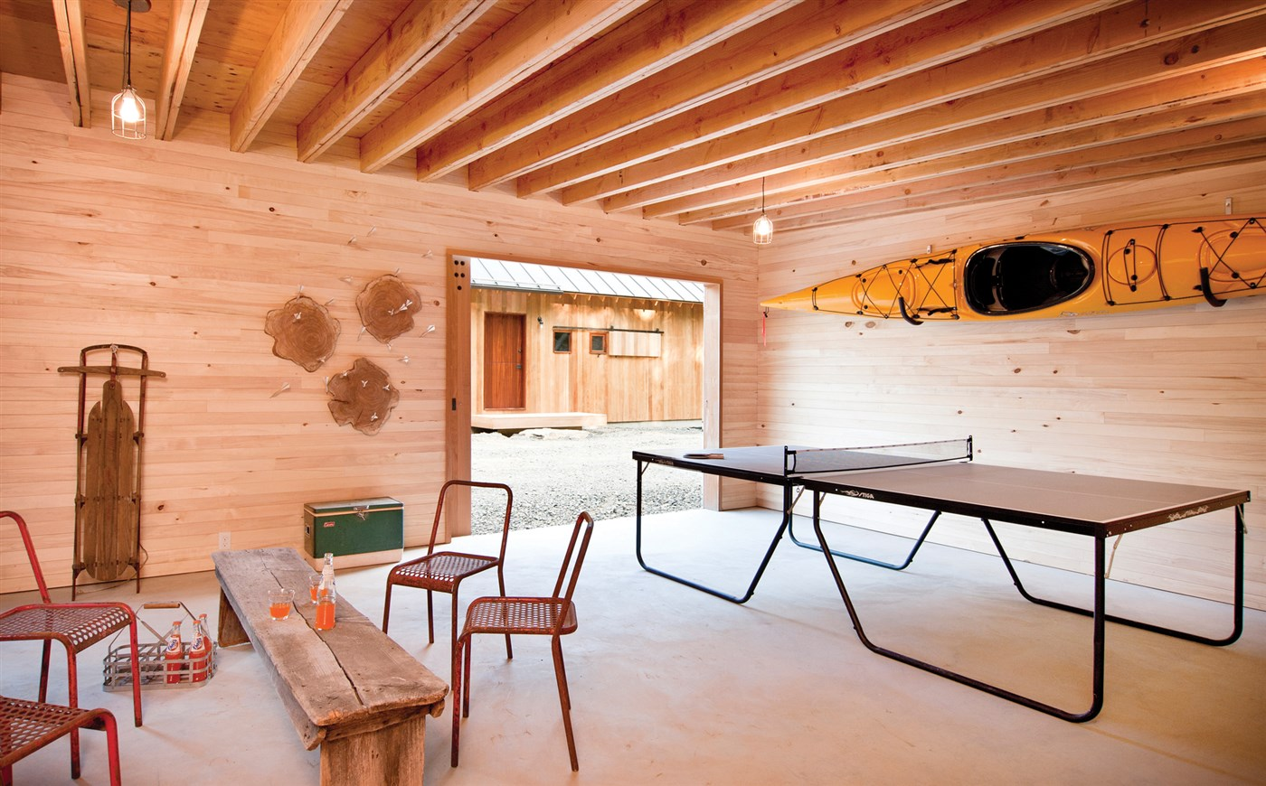 wood wall and beam ceiling, cozy basement design ideas