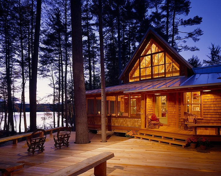wood cabin with wooden terrace decoration design ideas