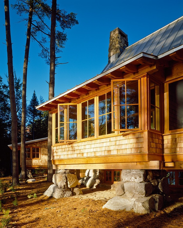 wood wall and windows, wooden house, cabin design ideas