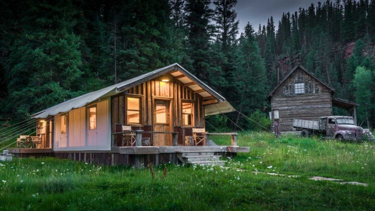 Only all-season tent is one of the famous structures of Dunton Hot Springs cabins. Constructed of reclaimed materials from the ...